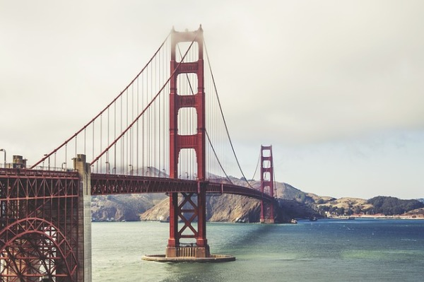 golden-gate-bridge-534614_640